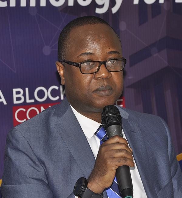 Dr Maxwell Opoku Afari